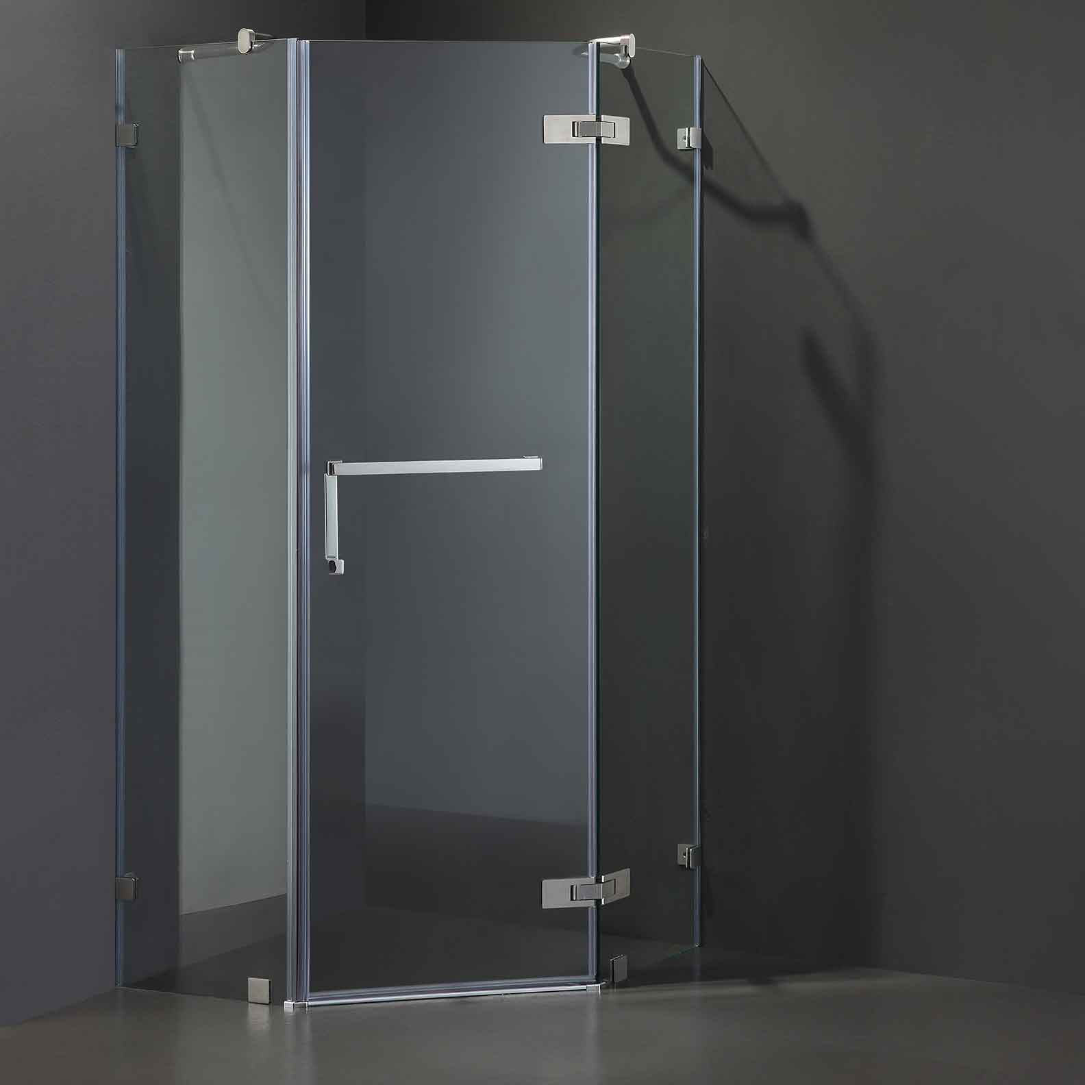 Diamond Frameless Shower Screen 900